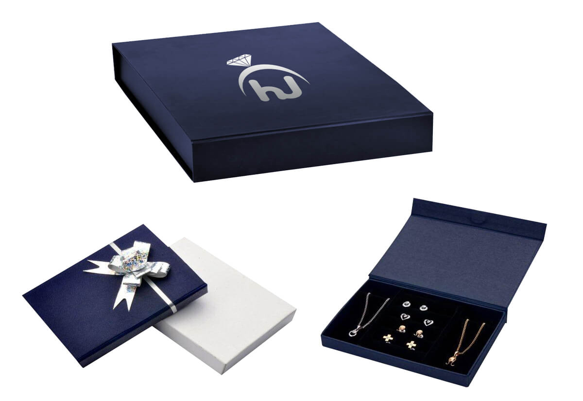 Necklace Boxes